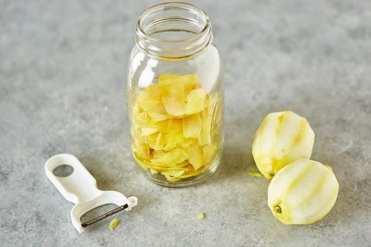 Ce obiecte din casă poți curăța cu ajutorul sucului de lămâie