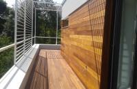 Lambriuri din lemn - Avantaje și dezavantaje. Întreținere Lambriurile lemn nu numai ca ajuta la obtinerea unui aspect rustic, ci ofera in acelasi timp interioarelor un aspect cald si primitor. Din punctul de vedere al