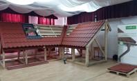 Seminarii tehnice de montaj pentru Rooferi Doua sesiuni practice de montaj renovare a acoperisului au fost