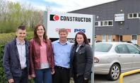 Ingineri de la Centrul de Suport Vanzari Romania viziteaza Dexion Marea Britanie Trei ingineri din echipa