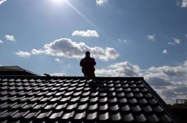 Cum îţi afectează căldura din timpul verii acoperişul?