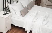 Amenajarea dormitorului. Cum cad cuplurile de acord