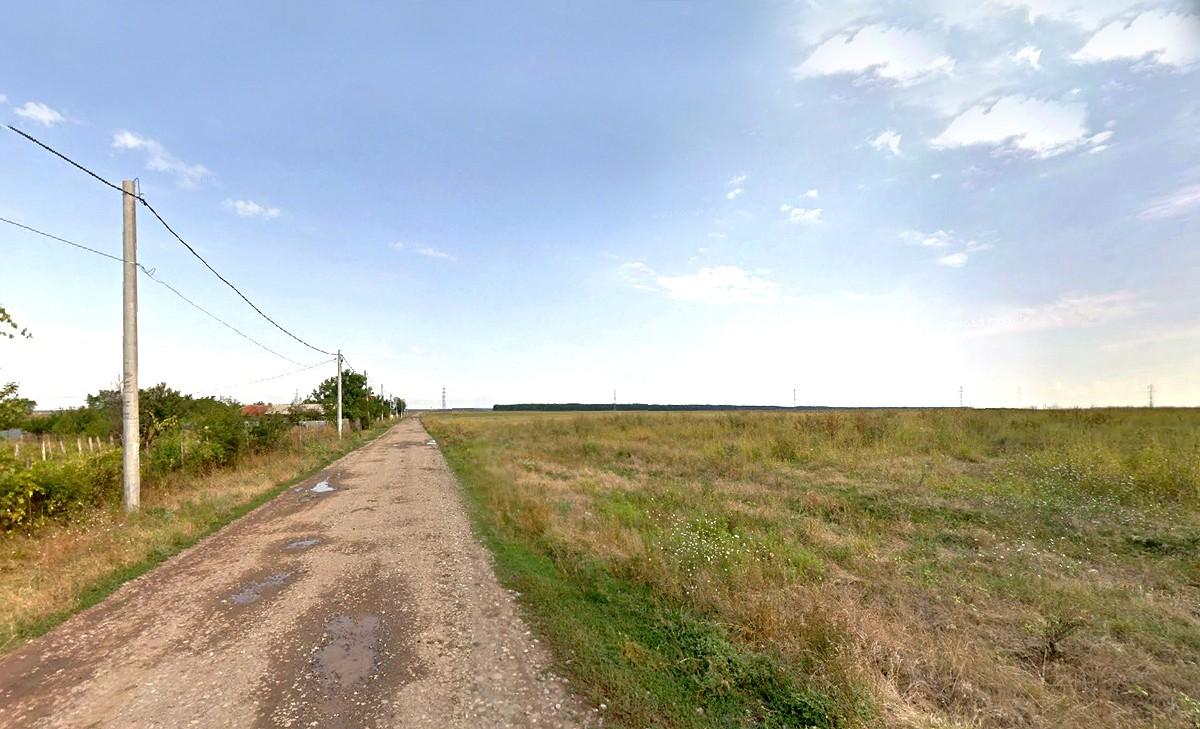 Vreau să-mi cumpăr teren pentru casă. Cum îl aleg?