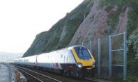 Paravan protectie terasament cale ferata partial distrus de alunecari de teren in Dawlish - UK Sistemele