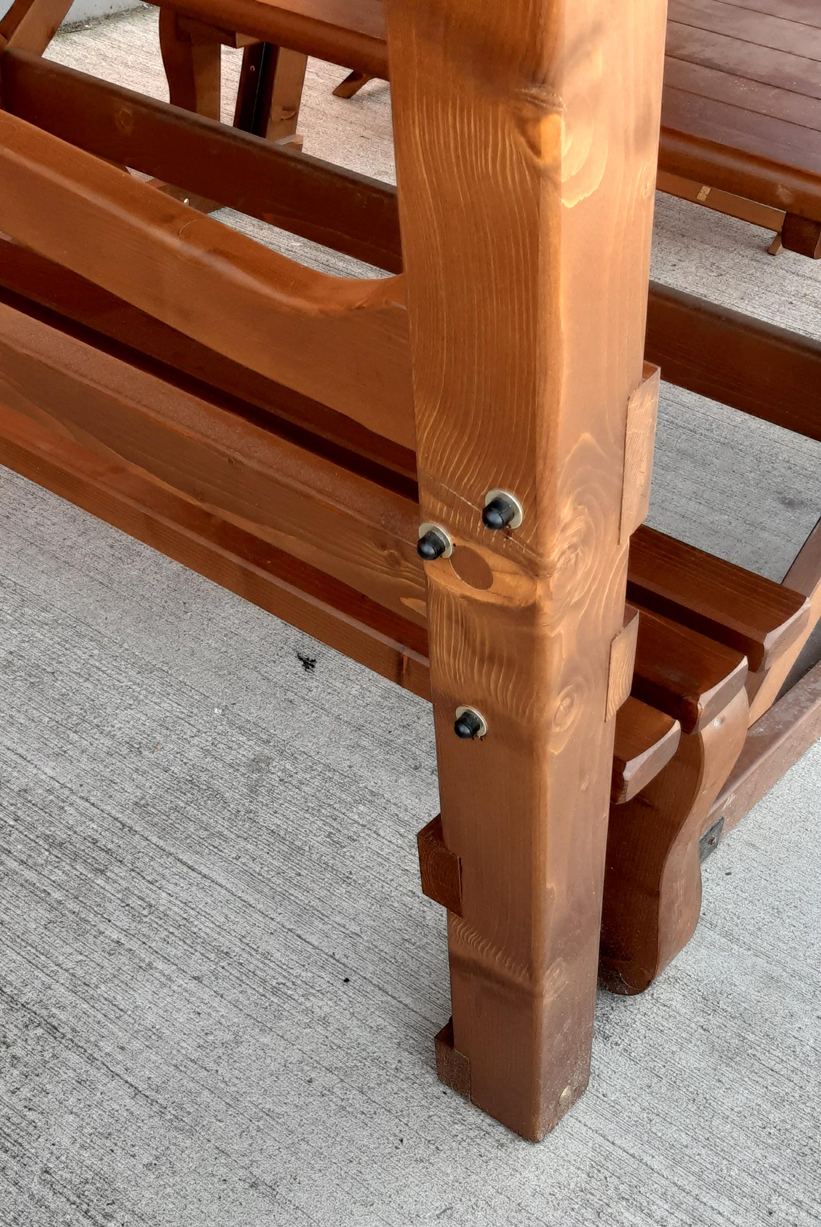 Mobilier de exterior din lemn