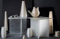 A fost creat un plastic atât de natural încât îl pot mânca și peștii Noul material, numit Nuatan, care a fost prezentat la Festivalul Designului de la Londra, este mai rezistent decat alte tipuri de bioplastic, este compostabil
