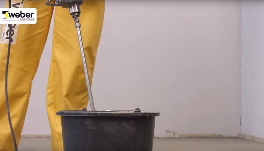 Cum să obții suprafețe perfect plane peste pardoseli încălzite?
