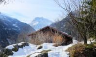 Un fost buncar militar este acum o casa de munte moderna si eficienta Un vechi buncar
