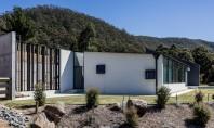 O casă gândită să reziste unor condiții climatice aspre Aceasta casa a fost construita pentru un