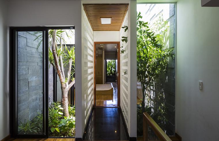 O casă de 4 metri lăţime frumoasă şi funcţională