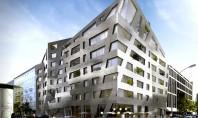 Imobil de apartamente cu forme ascutite si fatada metalizata marca Daniel Libeskind Recent arhitectul Daniel Libeskind