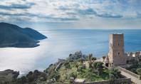 Resedinta de vacanta intr-un turn de pe coastele Greciei Turnul fortificat din secolul al XIX-lea de