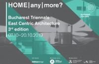 ACASĂ|oriunde|nicăieri|? Trienala București East Centric Architecture În toamna anului 2019, Fundația Arhitext Design, în parteneriat cu Ordinul Arhitecților din România și cu Universitatea de Arhitectură și Urbanism