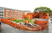 Forme curbe si un acoperis verde definesc cladirea unei gradinite din Copenhaga