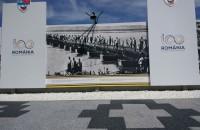 Bulevardul Unirii din Buzău a fost reamenajat cu produse Elis Pavaje Inaugurarea monumentului a avut loc de Ziua Eroilor, pe 17 mai, sub egida România 100 de ani, în cadrul unui eveniment național de comemorare a celor peste