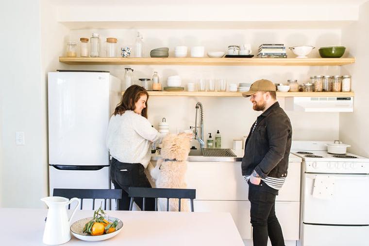 Cum îți reîmprospătezi bucătăria, dar fără să fie costisitor