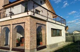 Închidere terasă cu folie transparentă