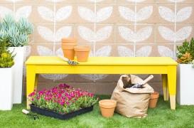Solutii pentru infrumusetarea zidului din spate al gradinii