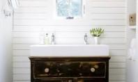 Piese de mobilier vintage ce completeaza designul unei incaperi de baie Chiar daca sunt spatii mici