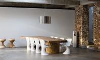 O noua moda mese rustice cu scaune moderne Se spune ca opusurile se atrag iar aceasta