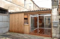 Un vechi garaj transformat in studio