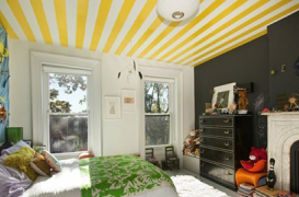 Si tavanele pot fi decorate pentru a pune in valoare spatiul