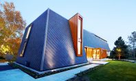Locuinta moderna intr-un cadru natural pitoresc Echipa de arhitecti din Toronto BORTOLOTTO a proiectat o casa