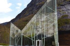 Muntele de sticla, un restaurant cu o vedere uimitoare