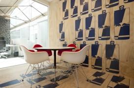 Explorarea dualitatii in cadrul birourilor Red Bull din Amsterdam