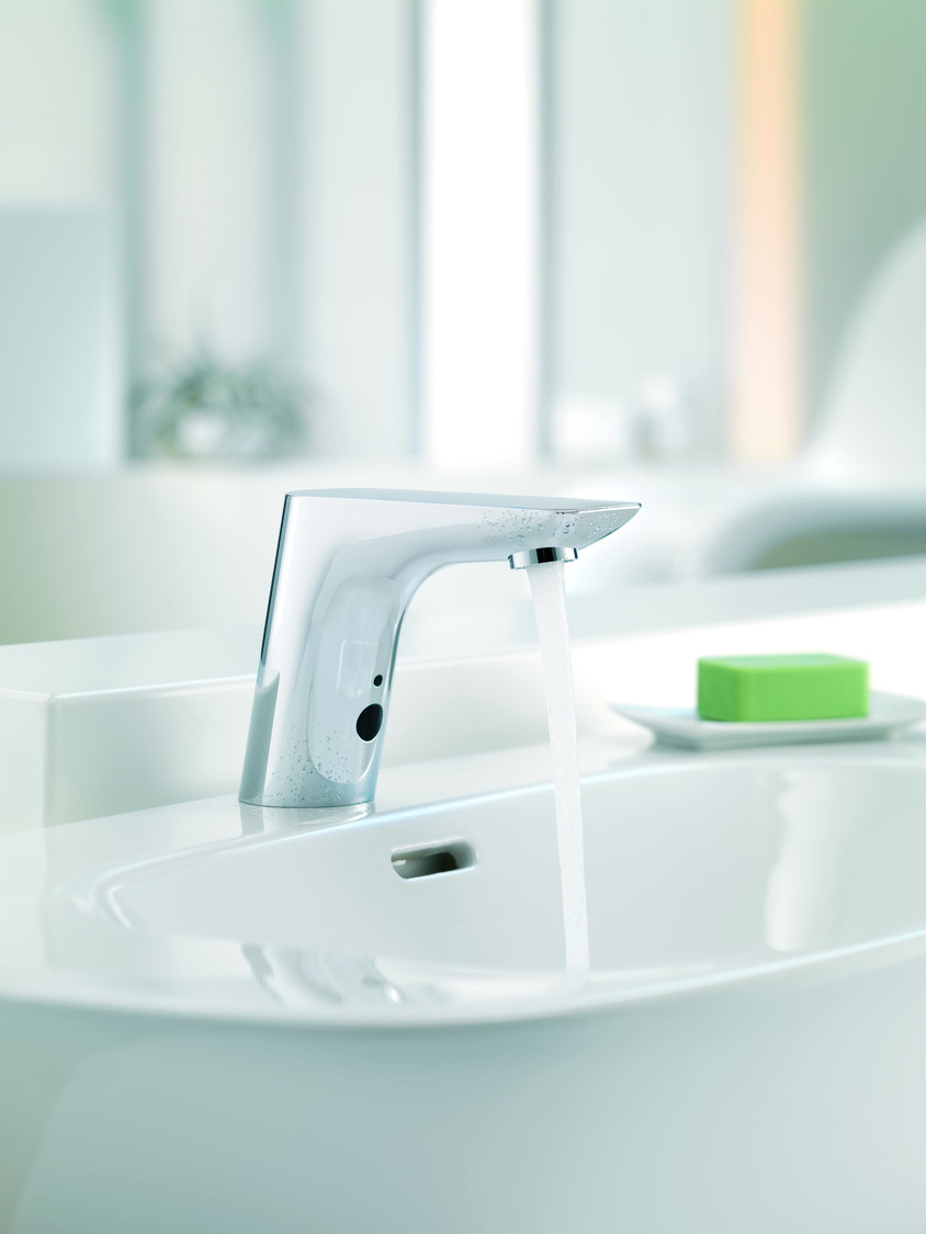 Bateriile sanitare pentru baie si bucatarie de la KLUDI economisesc apa cu pana la 70%