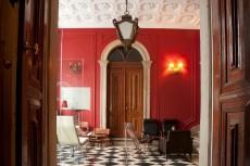 Palat din Lisabona transformat intr-un hostel de lux dar accesibil
