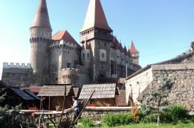 Monumente romanesti, concurs foto pe Wikipedia
