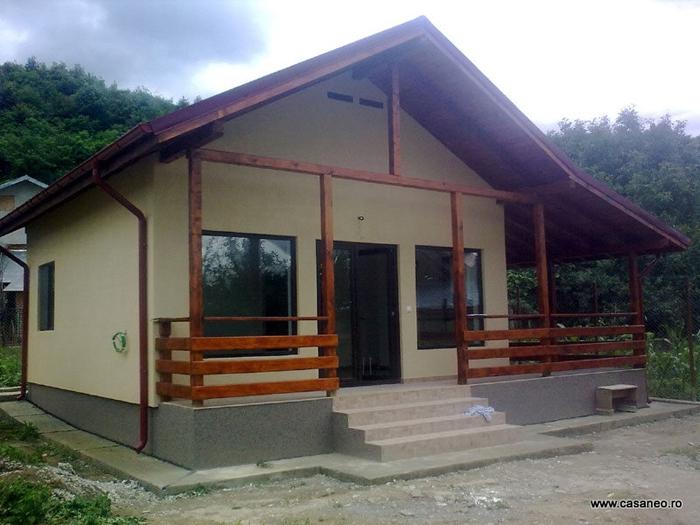 Constructii case structura lemn la cheie ieftine for Case din lemn pret 5000 euro