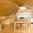 Un apartament confortabil deasupra garajului