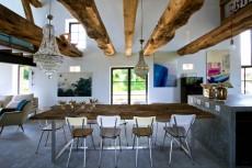 Casa de vacanta intr-un vechi hambar din Burgundia
