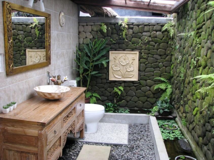 O baie de natura, la propriu