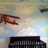 Imi place foarte mult ideea cu norisorii pe tavan Sora mea urmeaza sa renoveze camera copilului