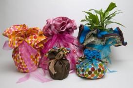 Arta impachetarii cadourilor, indiferent de materialele pe care avem la indemana