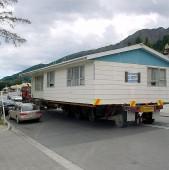 Cat costa o astfel de casa? Ce suprafata are?