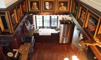O bucatarie in care arta, stilul medieval si dotarile contemporane se intalnesc