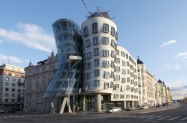 Dans si arhitectura in Praga. Despre deconstructivism si simbolurile sale
