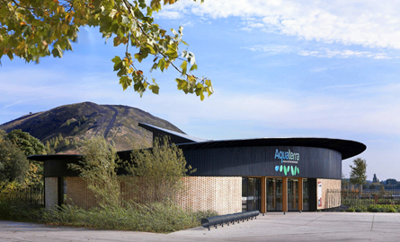 Centrul Aquaterra da o viata noua pentru cladirea unei fabrici din Franta