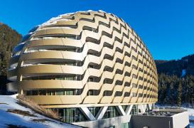 Noul hotel InterContinental din Davos, o structura considerata nerealizabila