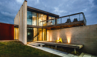 Bridge House spatii concepute in functie de natura inconjuratoare Volumetria locuintei creata de echipa Branch Studio