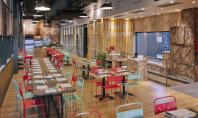 Pizzerie din Barcelona amenajata cu ajutorul containerelor de marfa Arhitectul Pedro Scattarella a transformat materialele de