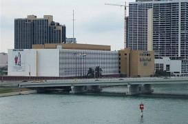 Miami Herald a vopsit necorespunzator o cladire monument istoric Art Deco