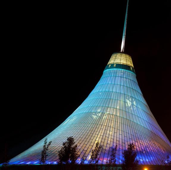Khan Shatyr se deschide in Astana