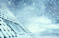 Intretinerea ferestrelor de mansarda in sezonul rece