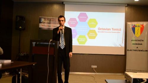 Lansare carte Ghidul Constructorului - Octavian Tonică Softmagazin