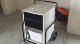 Cum dezumidifici o construcție nouă cu dezumidificatoare de aer şi ventilatoare HD